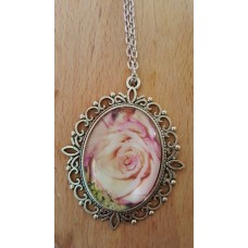Rose Pendant With 24 Inch Chain